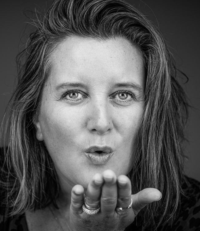 Fotograaf utrecht portretfotografie Me handkus